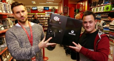 CEX Retailer Gifts Ebay Scam Victim a Free Xbox One