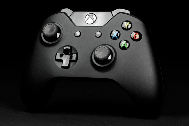 microsoft-xbox-one-review-controller-front-angle-650x0